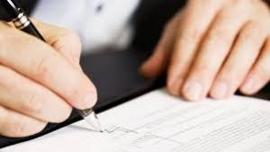 کاهش اختلافات حقوقی و قضایی با تنظیم قرارداد توسط شخص سوم
