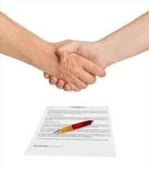 نمونه ای از قرارداد وکالت و حق الوکاله میان وکیل و موکل