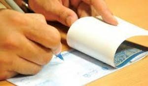نگهداری طولانی مدت چک و تأخیر در ارائه آن به بانک